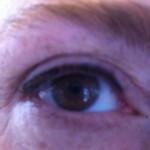 intensiveren van de wimperrand en eyeliner